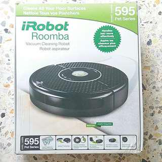 Like New iRobot Roomba. Box with full accessories.  Rectify charging or new battery req