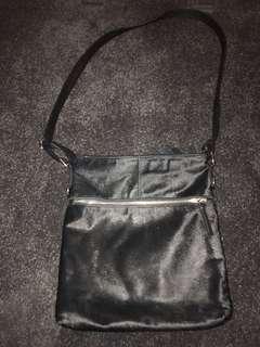 Susan - black shoulder bag