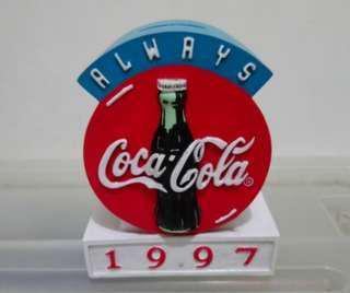 1997丁丑牛年可口可樂錢箱