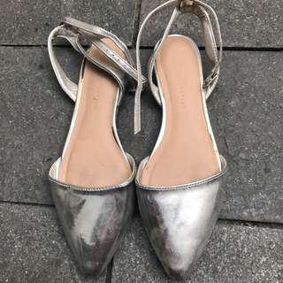 Mark & Spencer silver sandal - 39