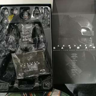 Batman Armoured Hot Toys 1/6 Scale