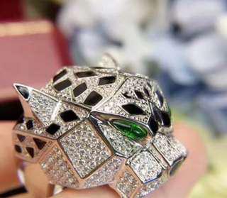 Icon designer Fashion Ring