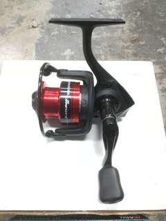 Abu Garcia BlackMax BMaxSP30 Spinning Reel