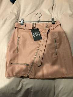 FAUX LEATHER SKIRT BNWT XS