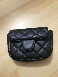 Pilouch kecil chanel
