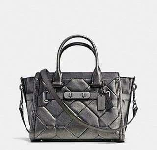 COACH SWAGGER 27 CARRYALL IN METALLIC PATCHWORK LEATHER  (F34547)