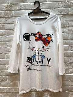 Hello Kitty oversized T