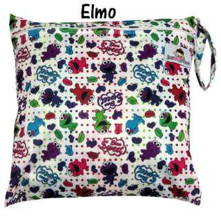 🚚 Multipurpose Single Zip with snap button Wetbag ~ Elmo