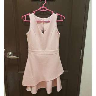 Sweet pink dress suited for all occassions