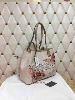 Guess Tote Bag 👜