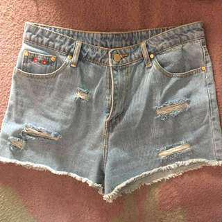 Ripped High-waisted Shorts with Patches