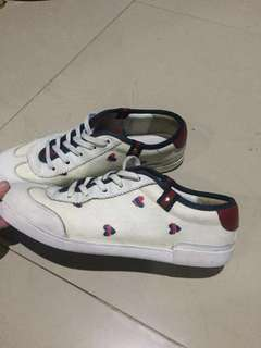 💯 Original Authentic Guccisima Hearts  Lace Up Sneakers