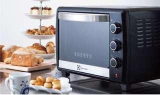 伊萊克斯25L專業級旋風烤箱EOT5004K