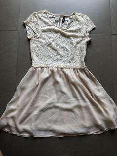 H&M 及膝連身裙 (米白色)