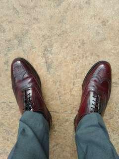 Florsheim Imperial Leather dress shoe burgundy colour. Size 9.5 D
