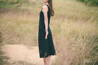 🚚 Caco黑色彈性棉質長裙