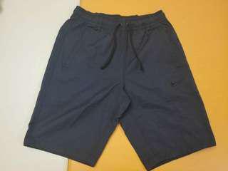 (全新有牌) Nike Slim Cut 黑色短褲 (AA5033-010)