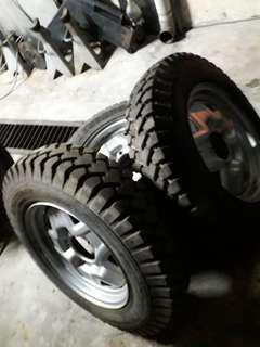 Jimmy original 16inc steel rims with tyre