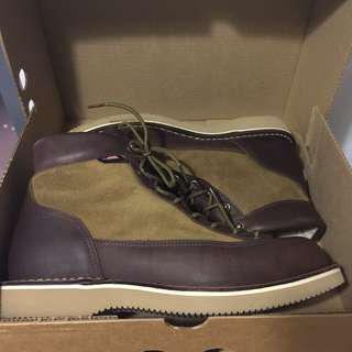 Danner Lite - Heathman Boot - Made in the USA - US10 NEW