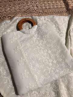 Telekung sulam hantaran - white brown