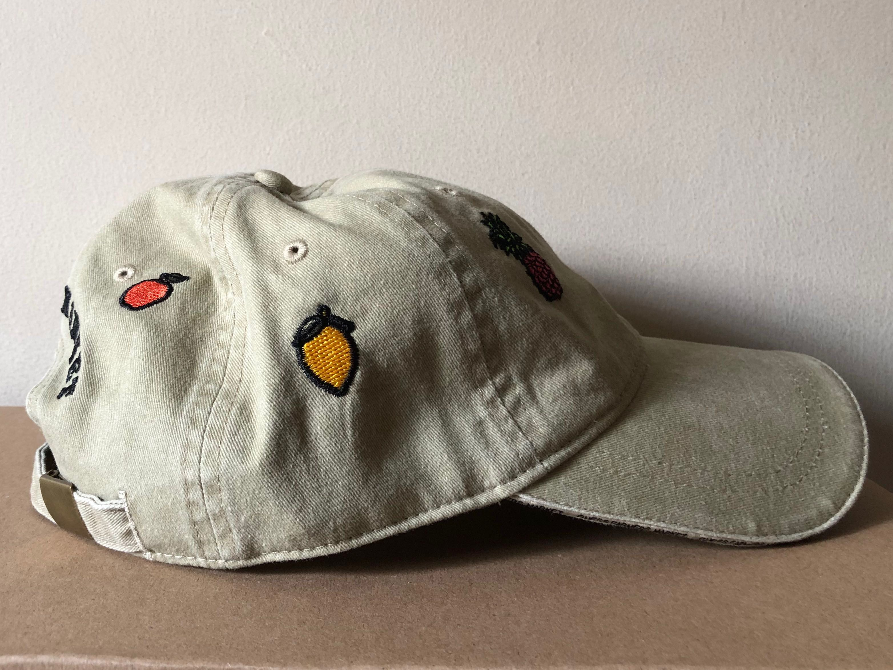 16749b08 GUESS x Sean Wotherspoon Farmers Market Collection Beige Baseball Cap,  Men's Fashion, Accessories, Caps & Hats on Carousell