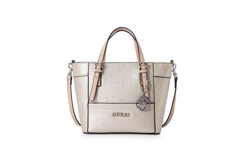 63875b212e98 SALE Guess Tote Bag
