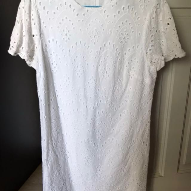 056a1c39 Zara White Eyelet Dress, Women's Fashion, Clothes, Dresses & Skirts ...