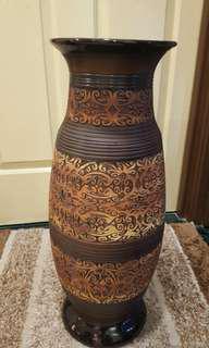 Borneo Tribal Vase Home Decor & Garden