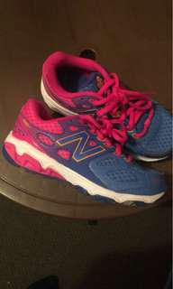 New balance size 13 kids like new