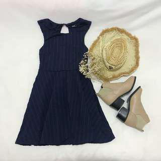 Dotti (XS) Navy Textured Sleeveless Dress