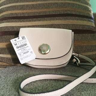 Zara Basic Slingbag