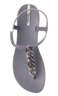 Ipanema slippers size 5