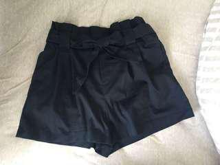 Paper bag shorts zara 蝴蝶結短褲