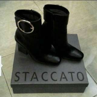 Staccato boots size 38