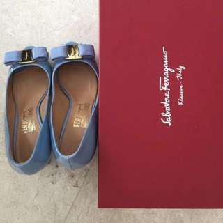 [Price reduced] Authentic Ferragamo Heels