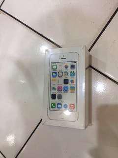 iphone 5S 32gb gold garansi 1 tahun distributor