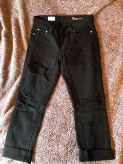 Gap Ripped Jeans 26r