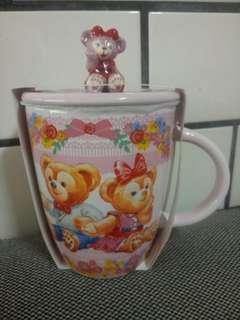 香港迪士尼 達菲雪莉梅造型馬克杯