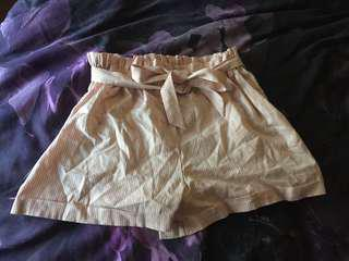 News high waste shorts size fits 8