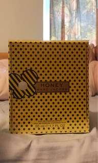 Honey MARC JACOBS perfume