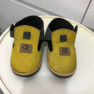 BB鞋仔 baby boy or girl unisex casual shoes size 23