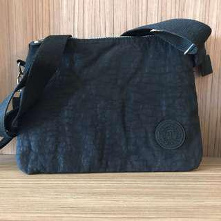 🚚 YLEM 多層機能側背包 斜背包 手拿包 旅遊小包