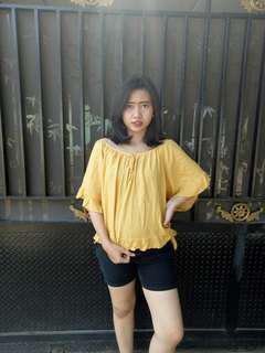 Yellow sabrina size XL