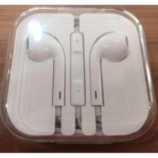 Brand New Apple Earphones ( Authentic )