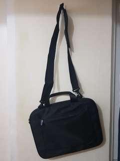 macbook 13 inch bag