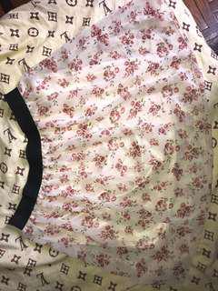 Floral skirttt