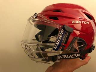 Ice hockey 小童7歲 helmet 9成新