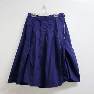 BNWT Navy blue skirt