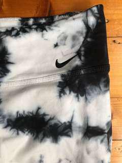 NIKE PRO Acid wash pattern leggings