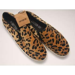 "COTTON ON ""Jazzy Slider"" Leopard Textured Slip Ons - Brand New with Tag"